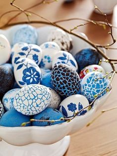I LOVE this.  Every easter my Mom and I did Ukranian easter eggs and this would look amazing if we did just blue and white this year!