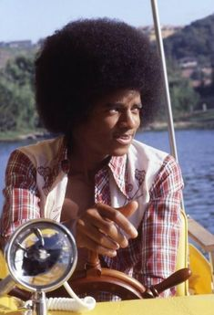 "Gregg Cobarr #MichaelJackson private lake at Westlake Village (Los Angeles), August 1978 for their album ""Destiny""."