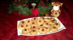 Passt super zu dieser Jahreszeit :) Haselnüsse sind lecker, kostengünstig und die Kekse schmecken aufgepeppt. Sie sind mein neuer Favorit. Der Teig reicht