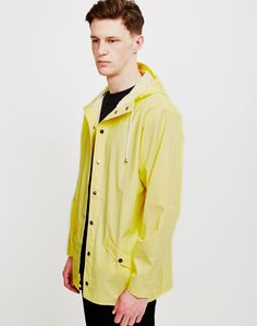 Shop the full range of RAINS at The Idle Man・Men's Rain Coats, Bags & Accessories・Order now・FREE delivery & returns! What's Your Style, Men's Style, Yellow Shop, Mens Raincoat, Menswear, Man Shop, Mens Fashion, People, Jackets