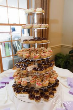 - Vecoma at the Yellow RiverVecoma at the Yellow River Desert Bar, Yellow River, Candy Bars, Congratulations, Wedding Cakes, Deserts, Anna, Chocolate Chip Bars, Wedding Gown Cakes