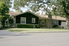 OPEN HOUSE SUNDAY 7/28/13 2-4 P.M.  3901 S. DALLAS FORT SMITH, AR.  $104,000.  CALL RAMONA ROBERTS OR VISIT WWW.RAMONAROBERTS.COM FOR MORE INFORMATION AND PHOTOS.