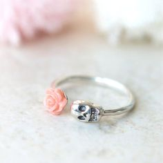 Pink Rose and Skull ring in sterling silver by laonato on Etsy.