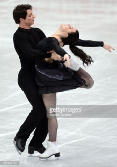 OSAKA, JAPAN - FEBRUARY 10: Tessa Virtue and Scott Moir of Canada skate in the Ice Dance Free Dance during day three of the ISU Four Continents Figure Skating Championships at Osaka Municipal Central Gymnasium on February 10, 2013 in Osaka, Japan. (Photo by Atsushi Tomura/Getty Images)