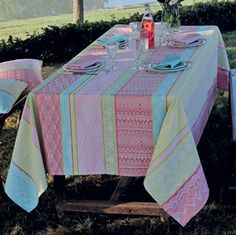 Garnier Thiebaut Mille Totems Table Linens | Gracious Style