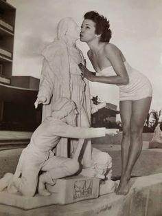Foto: Cuba, Varadero, Hotel Varadero Internacional La foto fue tomada en 1952 y la modelo que se ve en ella era una bailarina cubana llamada Marta Nita.