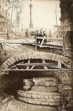 Les vestiges tour de la Bastille à Paris