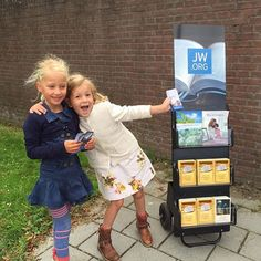 Friends helping out with the carts in the Netherlands. Photo shared by @nightanddaydreamer by jw_witnesses
