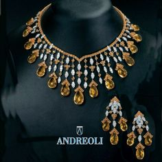 Beautiful Andreoli Necklace and wearing set