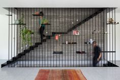 A Townhouse in Tel Aviv by David Lebenthal Architects — Design Milk Luxury Staircase, Iron Staircase, Staircase Design, Staircase Ideas, Black Staircase, Townhouse Interior, Interior Stairs, Modern Townhouse, Black Marble Bathroom