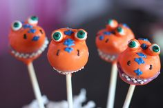 Buddy the Dinosaur Cake Pops by Sweet Lauren Cakes, via Flickr