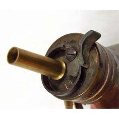 OLD WEST INDIAN WARS ERA PISTOL GUN POWDER FLASK