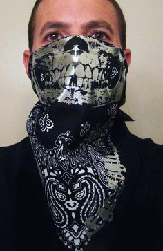 Whats up gangsters, thugs and rabble rousers! We got a all Black cotton bandana with ALL CHROME FOIL BLINGING GRILL and Egologics Cholo Script in the corner! It is inches and is meant to be folded in half and warn around the face to paralyze a Gangster Outfit, Half Face Mask, Cotton Bandanas, Skull Mask, Graffiti, Paisley, Halloween Face Makeup, Chrome, Black And White