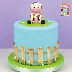 Cute Cow Cake tutorial in the January 2018 issue of Cake Masters Magazine! Farm Birthday Cakes, Boys First Birthday Cake, Cow Birthday, Birthday Parties, Barnyard Cake, Farm Cake, Cake And Bake Show, No Bake Cake, Cow Cakes