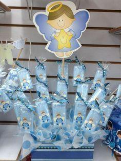 Moldes y tutorial para hacer angelitos de bautizo y primera comunión Baptism Banner, Baby Boy Baptism, Baby Shawer, Baby Boy Shower, Neon Light, Angel Theme, Mickey Mouse, Baptism Centerpieces, Pineapple Images
