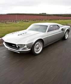 Mach Forty, late Mustang cut down and fitted with a late model Ford GT running gear. Car Ford, Ford Gt, Automobile, Classic Mustang, Pony Car, Sweet Cars, Us Cars, Amazing Cars, Motor Car