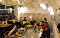 dreiRaum. Mehr: http://www.coolibri.de/redaktion/gastro/restaurants/dreiraum-insel-im-verkehrsstrom.html