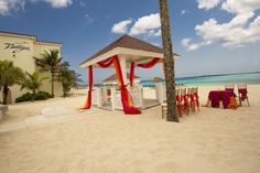 At all-inclusive Breezes #Bahamas, your #wedding is on us! Visit http://www.breezes.com/romance  for more details