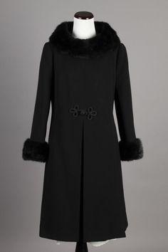 L/XL Stunning 60s Vintage Youthcraft Blk Wool Winter Coat w/ Fur Cuffs & Collar. A very high quality and warm vintage coat! $200 via eBay