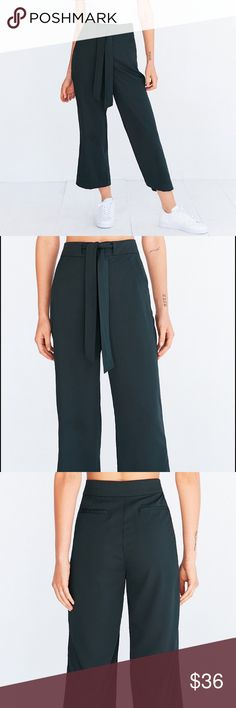 BDG Arielle Tie-Waist Pant Green, brand new, no damage (culottes) Urban Outfitters Pants
