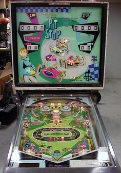 www.pinballcollectorsresource.com pcrpics PITW68AM.jpg