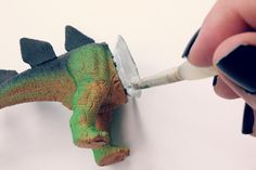 EAT+SLEEP+MAKE: MAKE: Dino iPhone Tripod