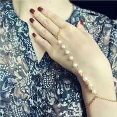 DoreenBeads 2017 New Bracelets for Women Girls Summer Chic Hand Chain Bracelet gold color White Acrylic Imitation Pearl 1 Piece