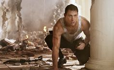 John Cale will go all out to save his Daughter!  Watch White House Down TODAY!
