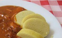 bramborovy-knedlik-z-varenych-brambor