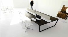 ARKO desk by IVM & FORMA chairs by TCC