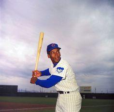 Ernie Banks, Hopeful Mr. Cub, Dies at 83