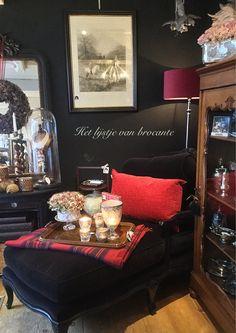 In my cozy shop....by Silvia Hokke