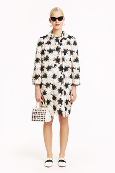 See the complete Kate Spade New York Pre-Fall 2016 collection.