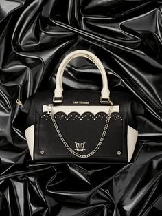Love Moschino Fall/Winter 2015 accessories - See more on www.moschino.com