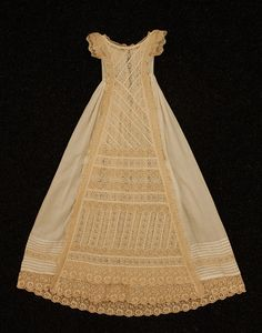 CHRISTENING GOWN, c. 1900