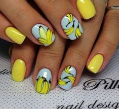 Top 150 ideas for Yellow Nail art designs