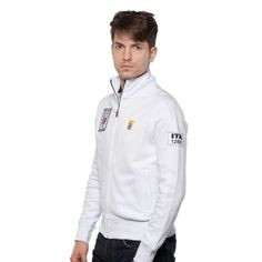 www.marinamilitare-sportswear.com #marinamilitaresportswear #newcollection #SS2015 #menfashion #sweatshirt #marinamilitare #white #OrsaMaggiore #patch #emblem #casual #style #fashionblogger #photooftheday #sportswear #golook #repin