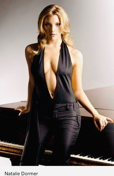 Here are Natalie Dormer nude pics, sex scenes and you can also read her bio. This beautiful English actress is HOT, definitely not to be missed. Natalie Dormer, Blond, Female Actresses, Beautiful Actresses, Gorgeous Women, Pinup, Sexy Women, Hollywood, Celebrities