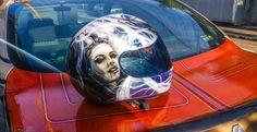 #youneedflow #custompaint #airbrush #helmetairbrush #portrait #Blackandwhitepotrait #sketch #flames #bike #yamaha #harleycustom #harleybikes #flakes #bucharest #paint #airbrushhelmet #custompaintshoei #helmetcustompaint