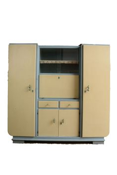 Retro cabinet from De Vintageloods