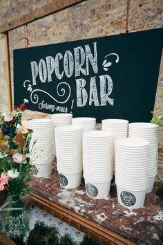 Mariage Rock n Roll et alternatif Wedding Reception Photography, Wedding Ceremony, Our Wedding, Destination Wedding, Wedding Photos, Wedding Planning, Trendy Wedding, Perfect Wedding, Rock And Roll