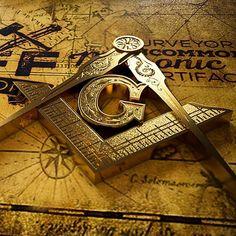 Purveyor of Uncommon Masonic Gifts & Artificer of Bespoke Handcrafted Curious Creations - Gifts for today, Inspiration for a lifetime. Masonic Gifts, Masonic Art, Masonic Symbols, Knights Templar Symbols, Fossil, Futuristic Helmet, Freemasonry, Cartography, Illuminati
