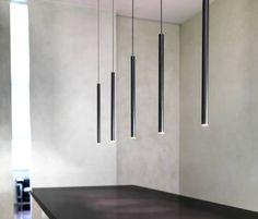 Lampi suspendate cu LED. Carcasa cilindrica din aluminiu cromat, aluminiu sau negru mat.