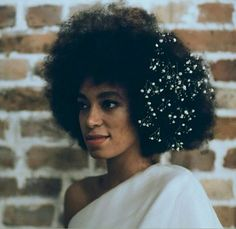 Solange is just beautiful.