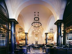 The Wolseley London serves classic continental dishes & afternoon teas.