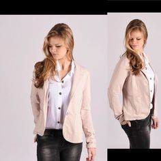 Blazer met pailletten. Ook verkrijgbaar in wit en grijs.  http://ift.tt/2ikxJ60  #jacket #pink #spring #entrefillesfashionstore #onlineshop #newcollection #outfit #outfitoftheday