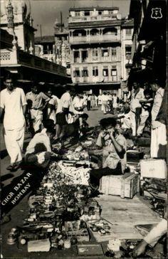 Chor Bazar - Old And Vintage Photographs Of Mumbai Bombay Best of Web Shrine Jaisalmer, Udaipur, Rare Photos, Vintage Photographs, Vintage Photos, History Of India, History Pics, Mumbai City, Beautiful Streets