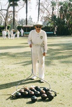 A new series from Harry Israelson looks at an elderly folks' Beverly Hills lawn bowling club.:
