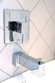 Moen Bathroom Tub Faucet