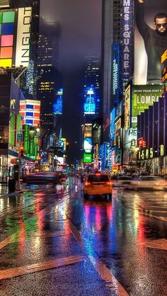 New york city times square at night - loving the reflection from the wet road Hdr Wallpaper, New York Wallpaper, Mobile Wallpaper, Times Square, Empire State Of Mind, I Love Nyc, City That Never Sleeps, Dream City, Living In New York